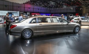 2016-mercedes-maybach-pullman-limousne