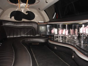 inside-white-lincoln-limo